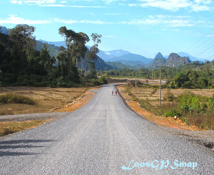 Motorcycle-Laos-National Road 1-D Viengthong