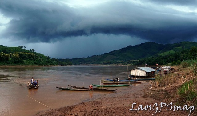 Motorcycle Laos Mekong Crossing