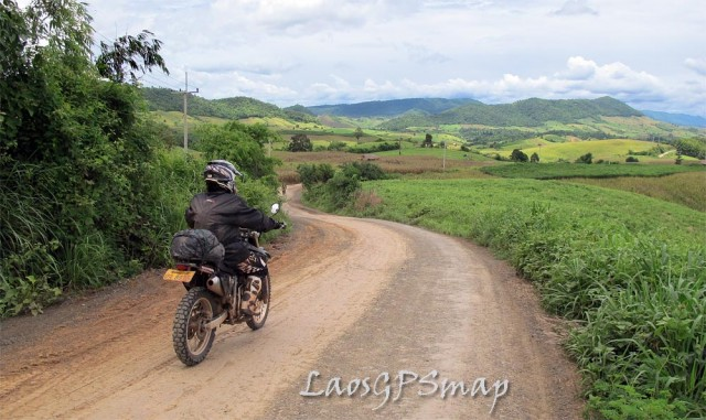 moMotorcycle Laos Provincial Road 3610