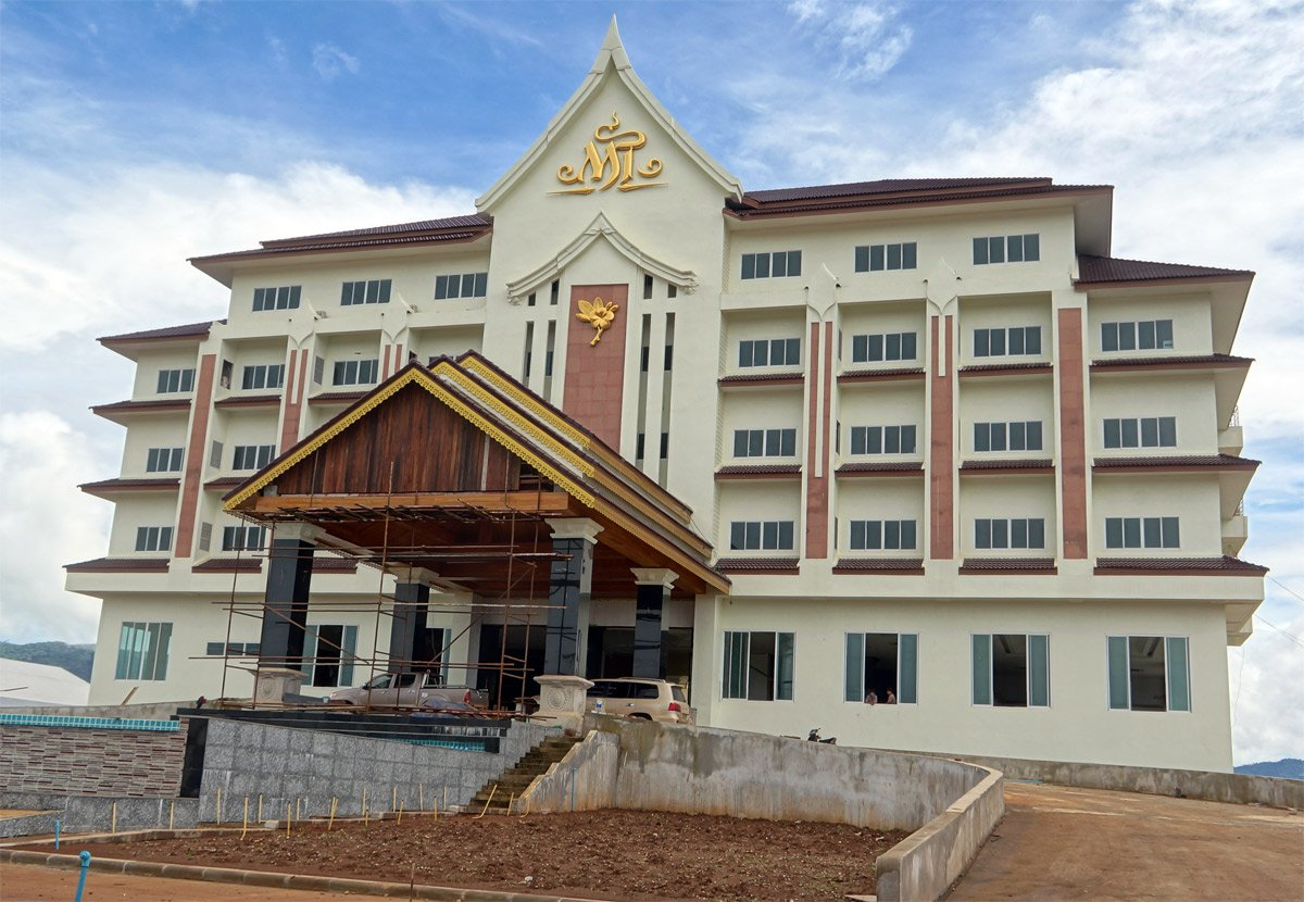 One of new Hotels in the Old town of Houay Xai